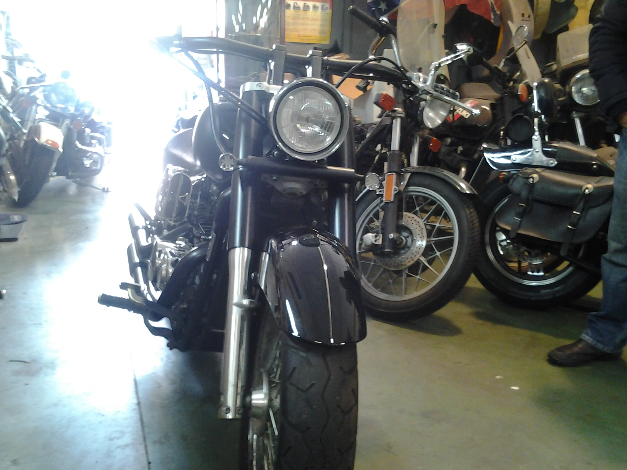 HONDA SHADOW VT750C (3)