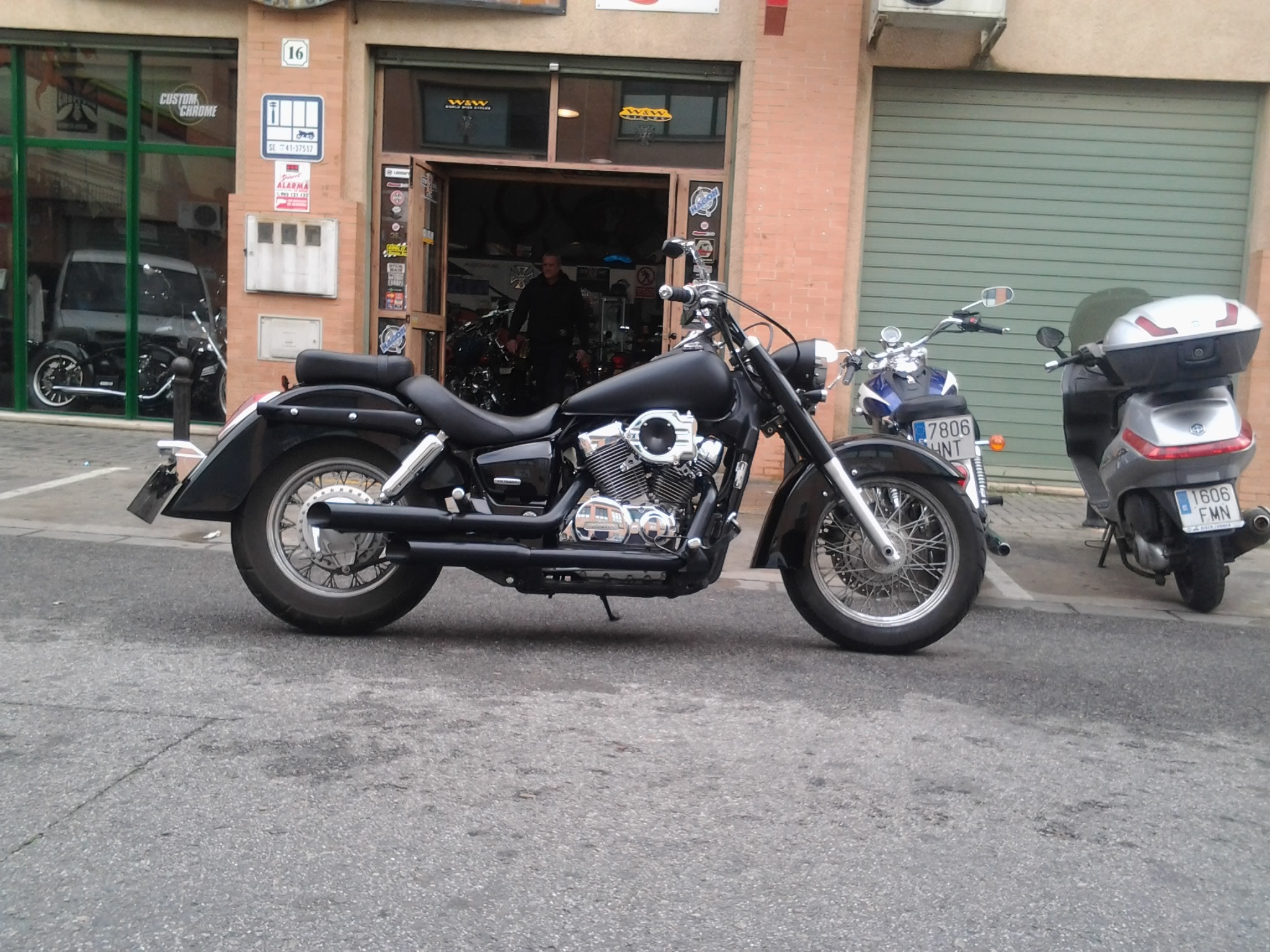 HONDA SHADOW VT750C (8)